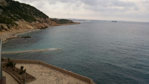 Spanien Ferienwohnung direkt am Meer zu verkaufen