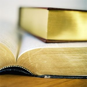 beglaubigte Spanisch Deutsch Übersetzungen Verträge Urteile