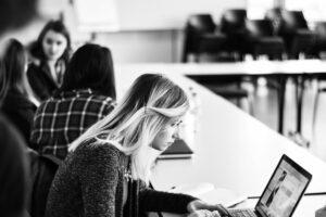 Online Deutsch lernen Deutschunterricht A1-C1 Telc Goethe Prüfungvorbereitung